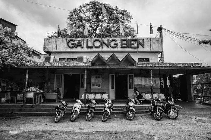 Ga Long Biên dưới mắt nhiếp ảnh gia