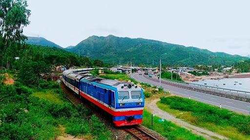 Chính thức cho hoạt động lại nhiều chuyến tàu hỏa từ TP.HCM, Hà Nội đi các tỉnh