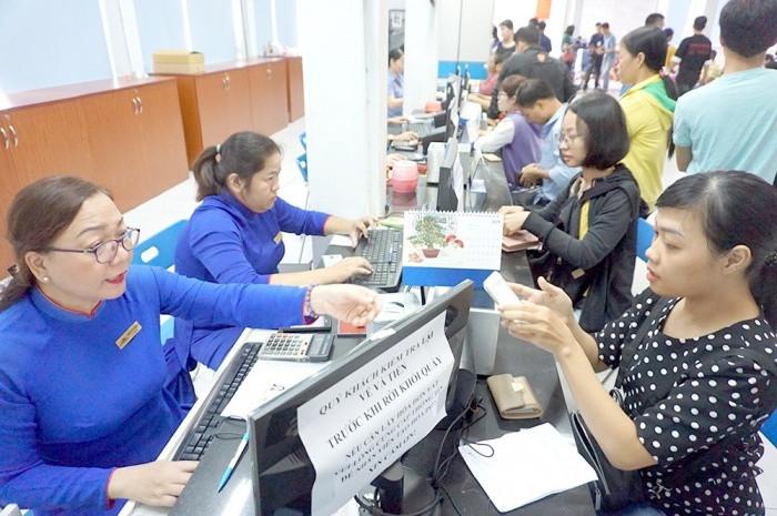 Hành khách cần có giấy tờ gì để mua vé tàu Tết Tân Sửu 2021?